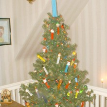 Pez Tree.fixed.7