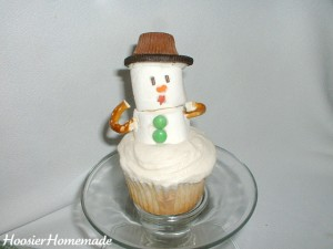 Snowman Cupcakes.fixed.7