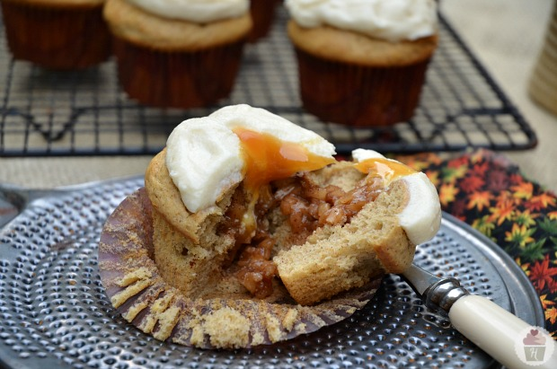 Apple Cupcakes.cut