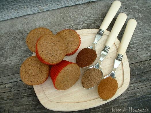 Mini Apple Spice Cupcakes