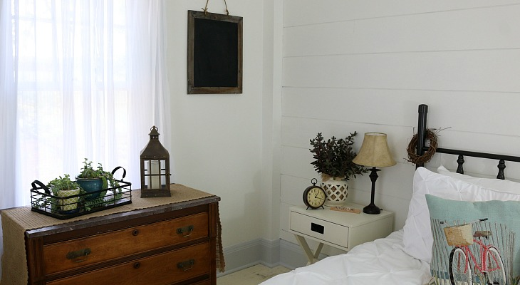 DIY Shiplap Wall for under $40