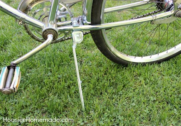 DIY Bike Makeover :: HoosierHomemade.com