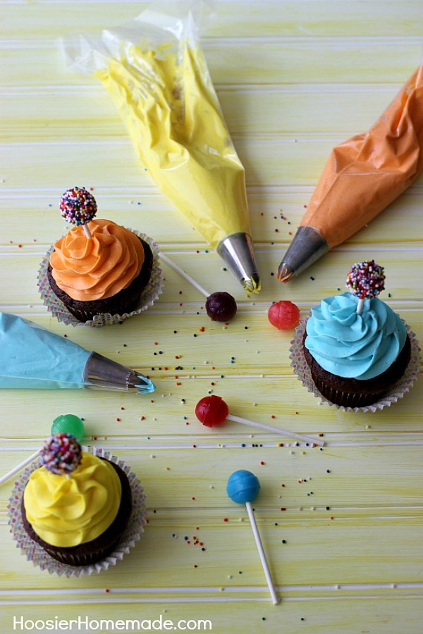 CHOCOLATE CUPCAKE RECIPE -- These FUN cupcakes are the perfect Kid's Birthday Cupcakes - they are even great for kids of ALL ages! The Dum Dum Sucker topper is super easy to make! The cupcakes are moist and delicious!