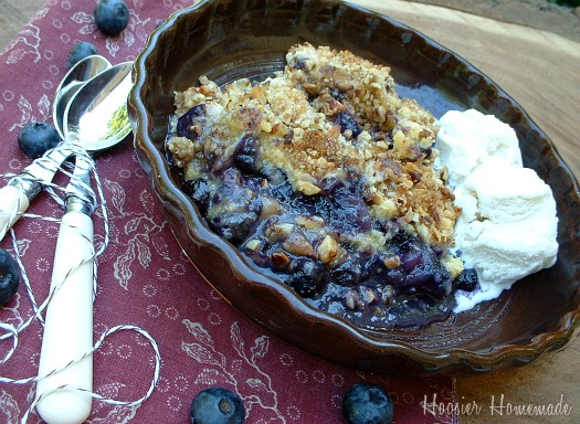 Homemade Blueberry Crisp