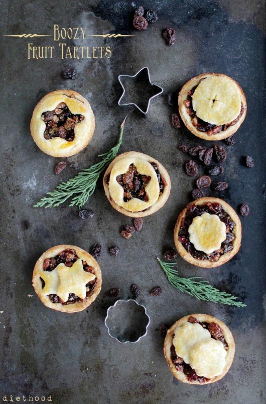 Boozy Fruit Tartlets: 100 Days of Homemade Holiday Inspiration on HoosierHomemade.com