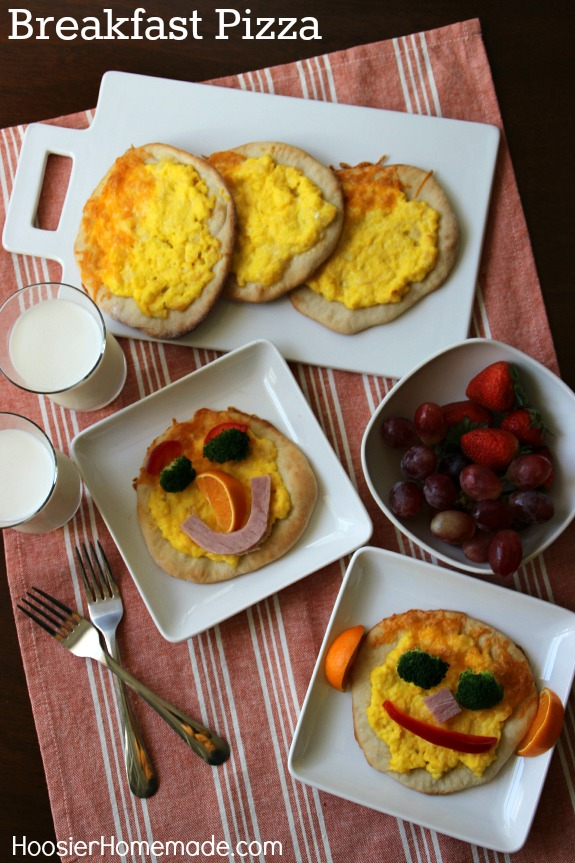 You will surely be greeted with smiles and hugs when the kids see these Funny Face Breakfast Pizzas! Pin to your Recipe Board!