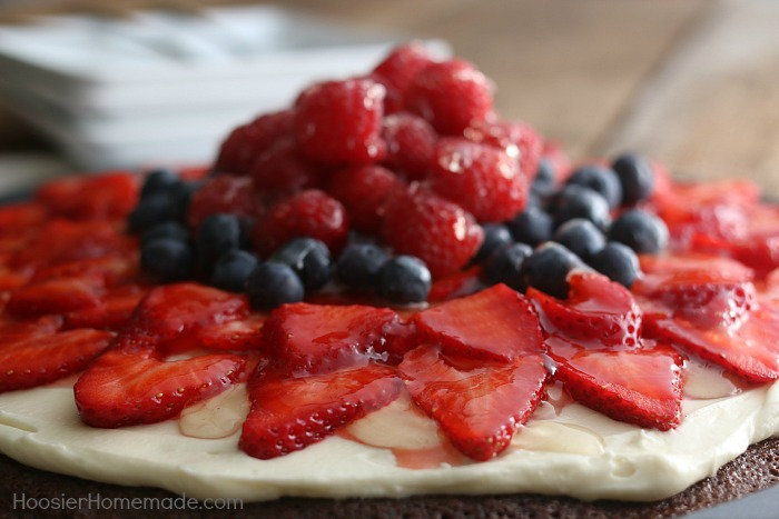 Easy Brownie Fruit Pizza