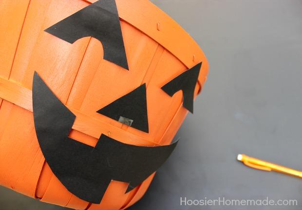 Simple Trick-or-Treat Candy Buckets Tutorial on HoosierHomemade.com