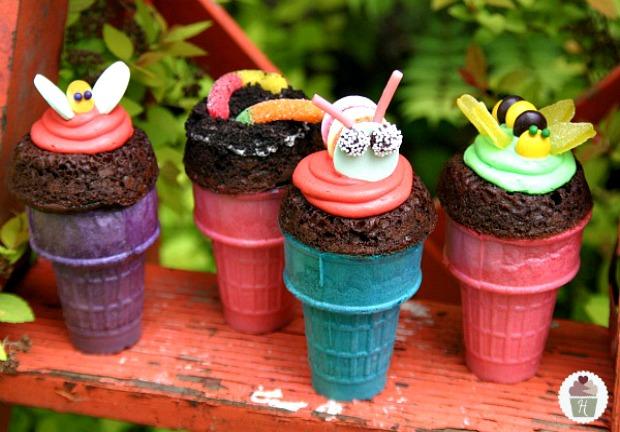 Bug Cone Cupcakes on HoosierHomemade.com