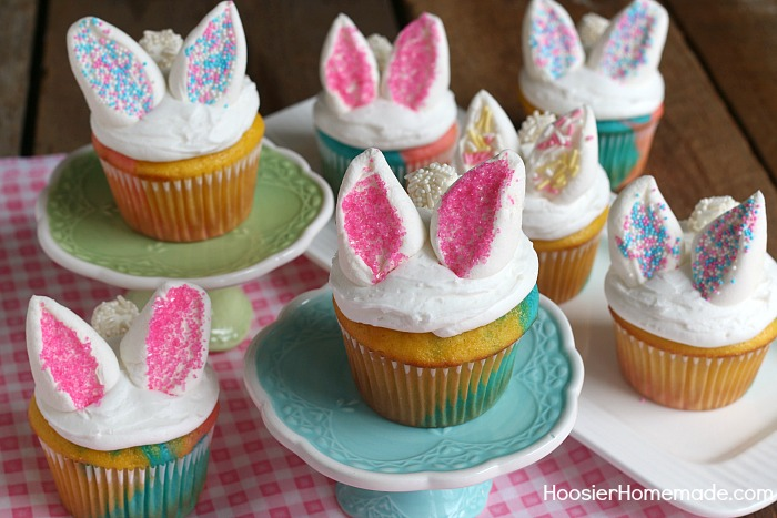 Super easy Bunny Cupcakes that are perfect for Easter