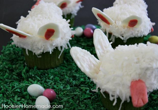 Bunny Butt Cupcakes :: HoosierHomemade.com