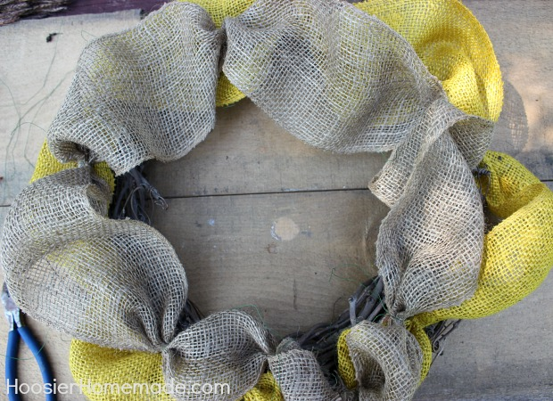 Fall Wreath with Burlap :: Instructions on HoosierHomemade.com