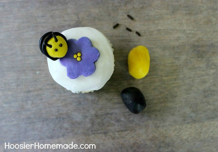 Bumblebee made with Candy Clay