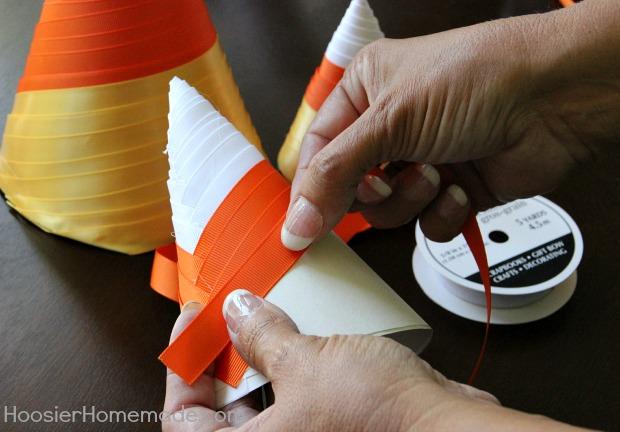 Candy Corn Paper Craft | Instructions on HoosierHomemade.com