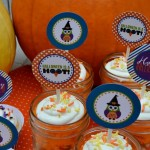 "Halloween ""It's a Hoot"" cupcake toppers"