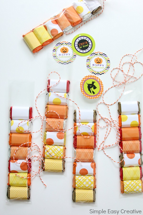 CANDY CORN HALLOWEEN TREAT BAGS WITH FREE PRINTABLES