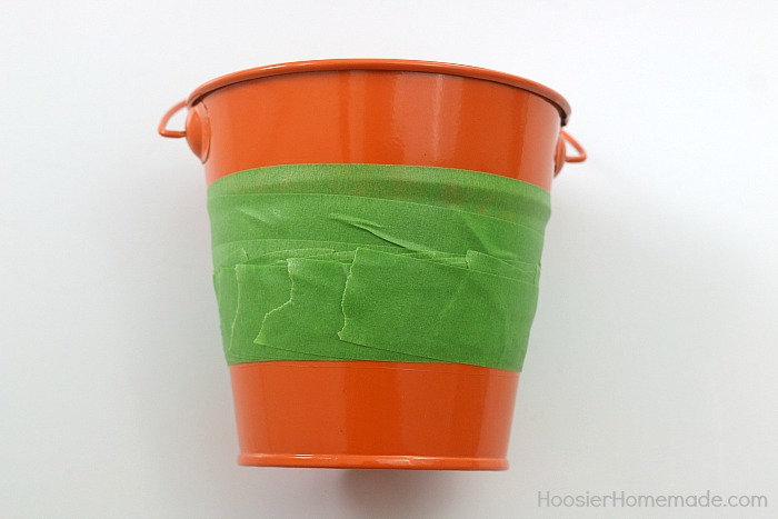 PAINTED CANDY CORN TREAT BUCKET -- How to paint a metal bucket