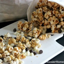 Homemade Caramel Corn :: Recipe on HoosierHomemade.com