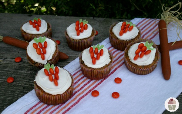 easter carrot cake cupcakes