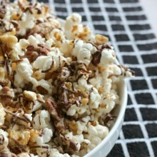 Chocolate-Caramel-Nut-Popcorn.feature