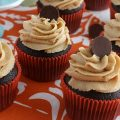 Chocolate-Cupcakes-Peanut-Butter-Frosting.FEATURE
