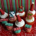 Christmas Cupcakes - Decemeber 2011