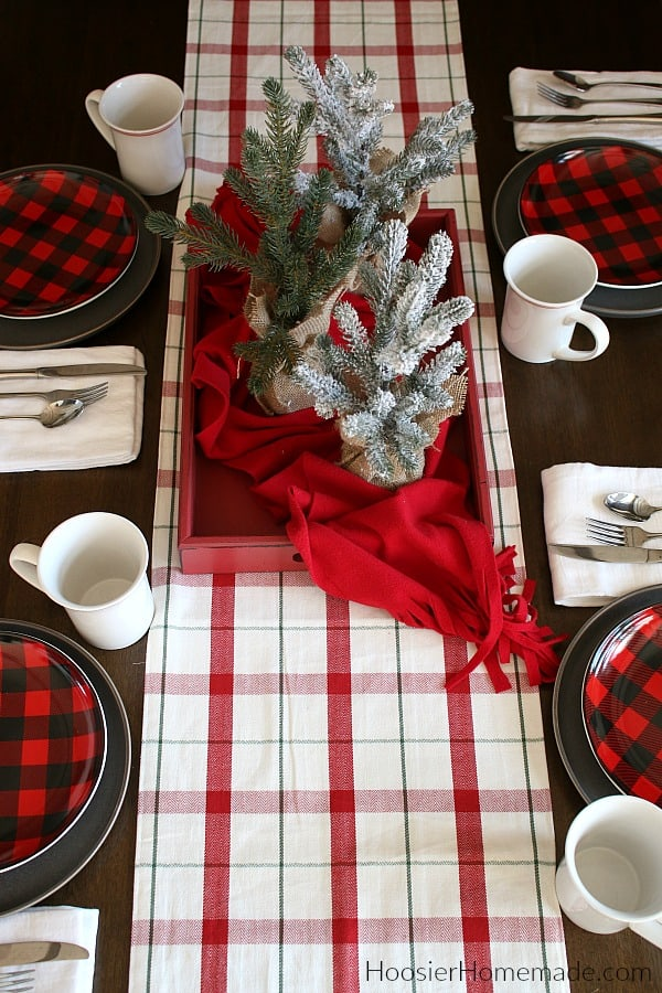 Simple Christmas table setting and centerpiece