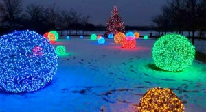 Christmas-Light-Balls-FEATURE