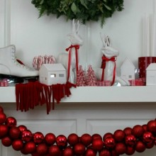 Christmas-Mantel.FEATURE