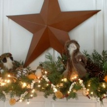 Christmas Mantle.featured