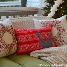 Christmas-Pillows_wm