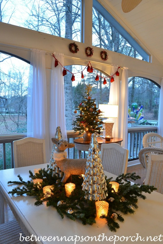 Hutch Liz Christmas Porch Decora...