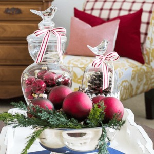 Christmas Table Decoration :: HoosierHomemade.com