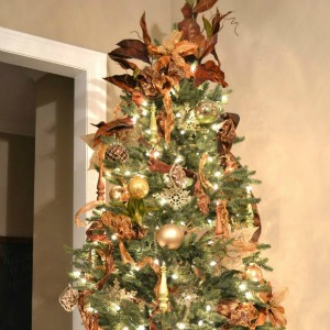 Christmas Tree Decorating Tips :: HoosierHomemade.com