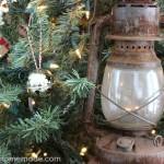 Vintage Christmas Tree | on HoosierHomemade.com