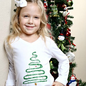 Easy Christmas Shirt for Kids :: HoosierHomemade.com