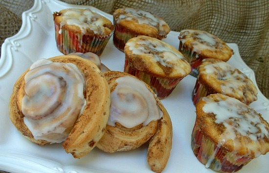 Cinnamon-Roll-Cupcakes.featured