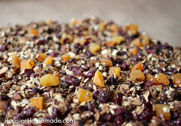 Cinnamon Vanilla Homemade Granola | Easy to make and good for you | Recipe on HoosierHomemade.com