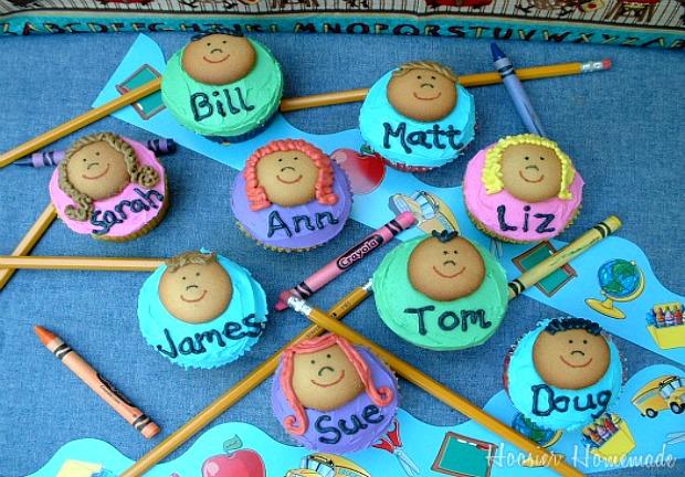 Classroom-Kids-Cupcakes-