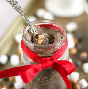 Peanut Butter Hot Cocoa Mix :: HoosierHomemade.com