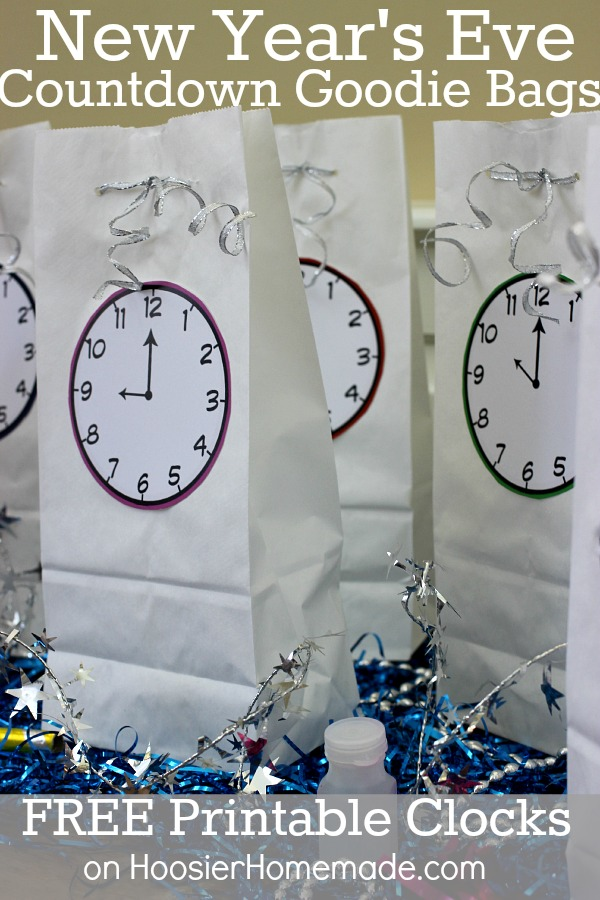 New Year's Eve Countdown Bags with FREE Printable Clocks | Available on HoosierHomemade.com