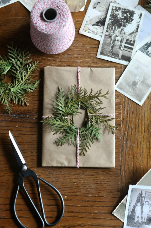 Handmade Gift Wrapping Paper | 100 Days of Homemade Holiday Inspiration on HoosierHomemade.com