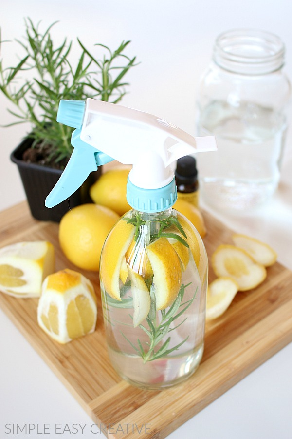 Vinegar Cleaning Solution