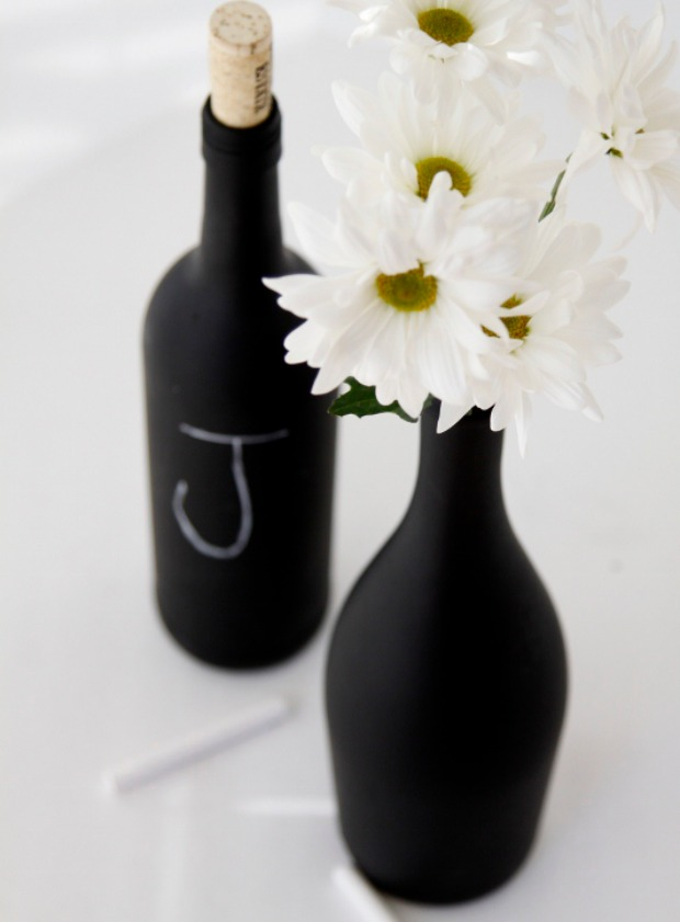 Diy chalkboard painted wine bottles 100 days of homemade for What kind of paint to use for wine bottles