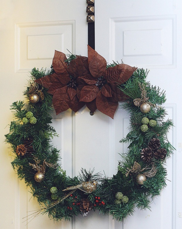 DIY Holiday Wreath: 100 days of Holiday Homemade Inspiration on HoosierHomemade.com