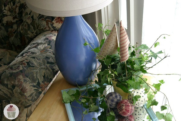 DIY-Painted-Lamp.HoosierHomemade.com