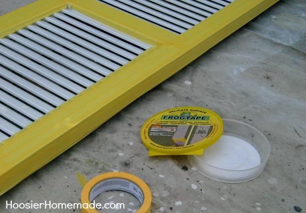 DIY Patriotic Shutter | Instructions on HoosierHomemade.com