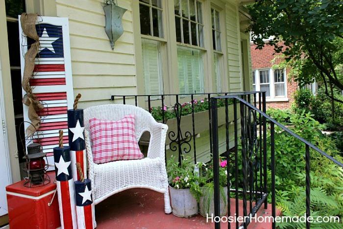 Farmhouse Summer Front Porch Decor