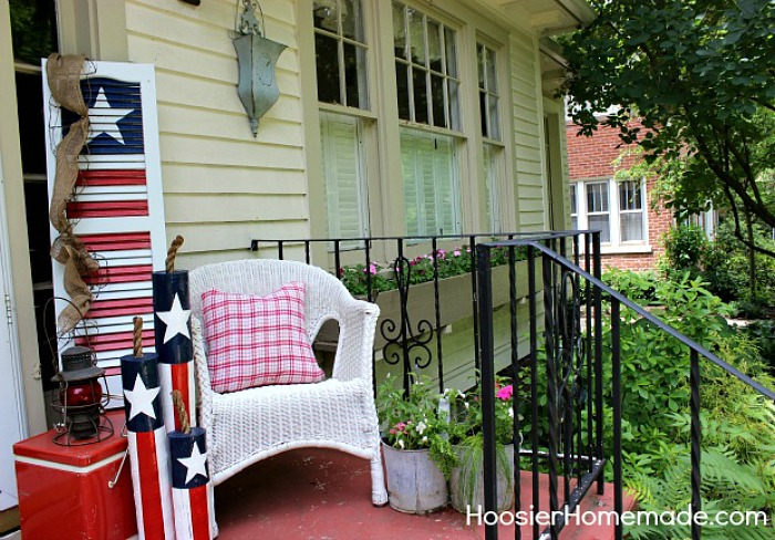 Summer Front Porch Decorating