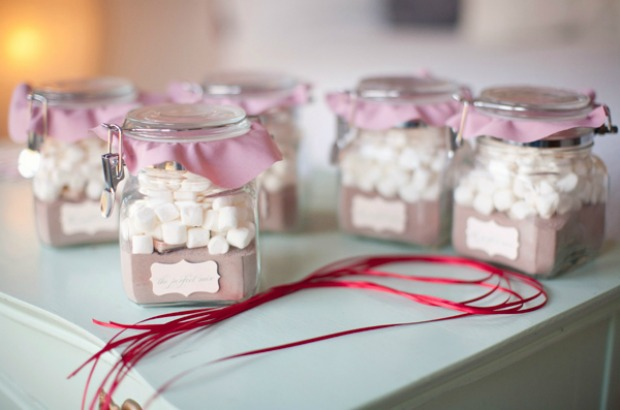 Best Wedding Gifts Under 100: DIY The Perfect Mix Favors: 100 Days Of Homemade Holiday